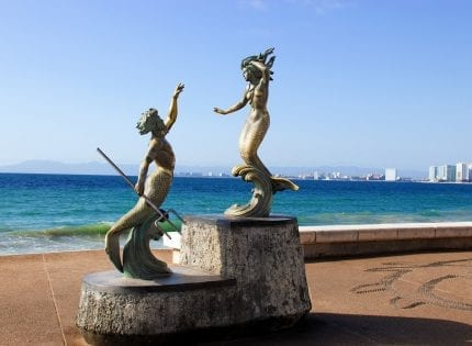In gay-friendly Vallarta, where are the women?!